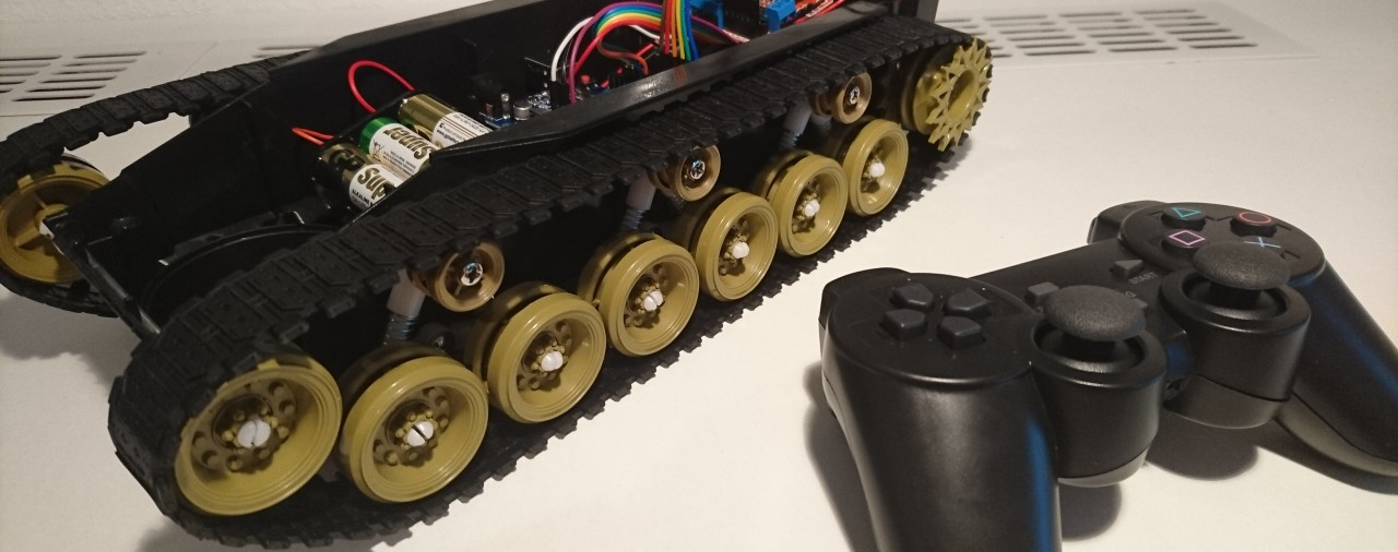 Arduino Tank Robot Chassis with PS2 Wireless Controller
